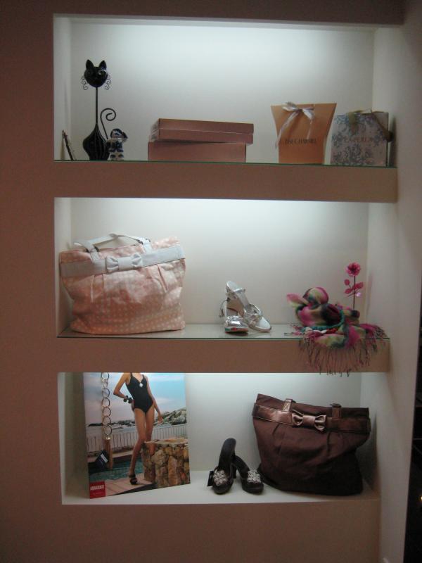 Шкафы на SaraCentre: встроенные шкафы ниши